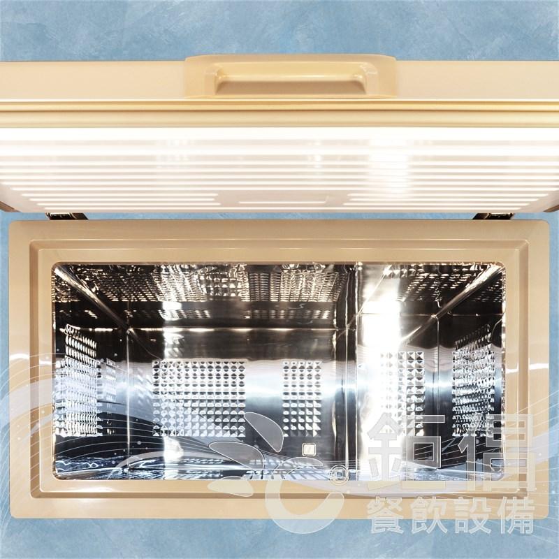 CFA-206G/上掀冰箱-3尺/上掀式冰櫃(3尺,200L,新品)/200L上掀/上掀冷凍/上掀冷藏/上掀冰櫃/上掀冰箱/掀蓋式冰櫃/臥式冷櫃/臥式冷凍櫃/丹麥冰櫃/臥式冰箱/丹麥櫃/雪櫃/Chest Freezer/BD-70/BD-105/BD-145/BD-205/BD-206/BD-206NH/BD-265/BD-209/BD-309/BD-409/BD-509/BD-609/1尺9上掀冰櫃/2尺上掀冰櫃/2尺4上掀冰櫃/2尺5上掀冰櫃/2尺半上掀冰櫃/3尺上掀冰櫃/3尺2上掀冰櫃/3尺半上掀冰櫃/3尺7上掀冰櫃/3尺5上掀冰櫃/4尺上掀冰櫃/4尺1上掀冰櫃/4尺半上掀冰櫃/4尺5上掀冰櫃/5尺上掀冰櫃/5尺半上掀冰櫃/5尺5上掀冰櫃/6尺上掀冰櫃/祥禾冰箱/UNICOOL/優尼酷/AUCMA/澳柯瑪/偉盛冰箱/武利/極凍王/WASEN/瑞興冰箱/厚騰冰箱/企鵝冰箱/Hoshizaki /得台/DAYTIME/冷凍尖兵/祥禾冰櫃/優尼酷冰櫃/UNICOOL冰櫃/瑞興冰櫃/威福/Vestfrost/海爾/Haier/海爾冰櫃/利渤海爾/LIEBHERR/利渤海爾冰櫃/利渤冰櫃/歌林/Kolin/歌林冰櫃/惠而浦/Whirlpool/惠而浦冰櫃/聲寶/SAMPO/聲寶冰櫃/台灣三洋/SANLUX/台灣三洋冷凍櫃/國際牌冷凍櫃/Panasonic 冷凍櫃/卡拉威爾/Caraveel/德比/Derby /DOMETIC臥式冷凍櫃/Warrior冷凍櫃/FRIGIDAIRE冷凍櫃/FRIGIDAIRE冷藏櫃/富及第冷/東元冷凍櫃/大同冷凍櫃/至鴻冷凍櫃/T-GEMA/吉馬冷凍櫃/Kuhlmann/華菱冷凍/Framec冷凍櫃/HERAN/禾聯冷凍櫃/ACFA/Wanbao/Marupin/Refritz/鉅倡/鉅倡餐飲設備/團昱/冰箱先生/全能冷凍餐飲設備/優鮮冷凍餐飲設備/久大冷凍餐飲設備/久順餐飲設備/佑欣冷凍餐飲設備/勝有冷凍餐飲設備/冠堯集團冷凍餐飲設備/駿陽餐飲設備/佺宏餐飲設備/旺裕餐飲設備/高恆餐飲設備/GO GO GO 冷凍餐飲設備/國銓冷凍餐飲設備/餐廚Boss/大台北-冠倫/嵩格餐飲設備/利通餐飲設備/茂詮餐飲設備/國寶電器/祥銘貿易/不鏽鋼餐飲設備/冷凍餐飲設備/烘焙設備/廚房餐飲設備/餐飲店設備/餐廳餐飲設備/中央廚房設備/開店餐飲設備/開店設備/連鎖餐廳設備/專業餐飲設備/餐飲設備/飲料設備/創業設備/加盟店設備/連鎖店設備/開店規劃/開店整場建置/達人推薦/連鎖體系首選設備/開店達人推薦設備/快炒店設備/日本料理設備/飲料店設備/咖啡廳設備/西餐廳設備/早餐店設備/早午餐店設備/台北餐飲設備/台北市餐飲設備/大台北餐飲設備/新北餐飲設備/新北市餐飲設備/大桃園餐飲設備/桃園餐飲設備/桃園市餐飲設備/桃園縣餐飲設備/基隆餐飲設備/基隆市餐飲設備/宜蘭餐飲設備/宜蘭市餐飲設備/宜蘭縣餐飲設備/新竹餐飲設備/新竹市餐飲設備/新竹縣餐飲設備/台中餐飲設備/台中市餐飲設備/台中縣餐飲設備/大台中餐飲設備/環河南路餐飲設備/汀洲路餐飲設備/重慶南路餐飲設備/中正橋餐飲設備
